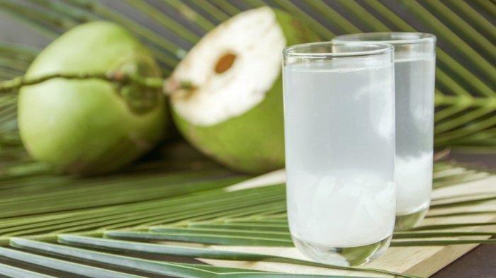 Coba Minum Air Kelapa Selama Seminggu dan Rasakan Khasiat :Langsung!