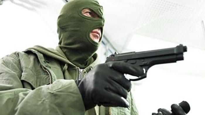 Kawanan Perampok Beraksi di Pangkalpinang, Todong Pistol ke Pegawai Optik, Ambil Uang di Meja Kasir