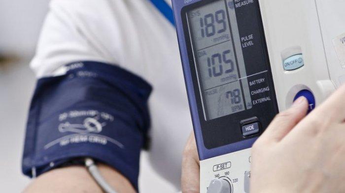 Tekanan Darah Tinggi Bisa Diturunkan Tanpa Obat, Ini Dia Caranya!