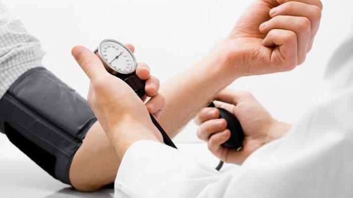 5 Cara Obati Tekanan Darah Rendah, Mulai dari Atur Porsi Makan hingga Konsumsi Kopi