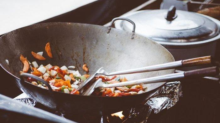 Catat Ya! 3 Hal Ini Jangan Sampai Luput saat Masak, Simak Tips Menghindarinya dari Sisca Soewitomo