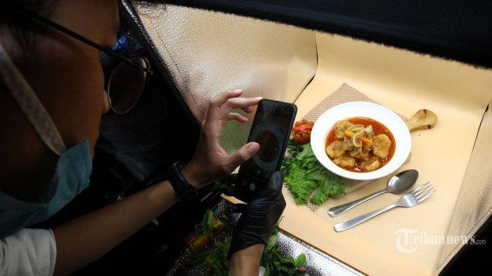 Cuma Pakai Kamera Ponsel, Ini Tips Menghasilkan Foto Makanan yang Menarik untuk Bisnis Kuliner