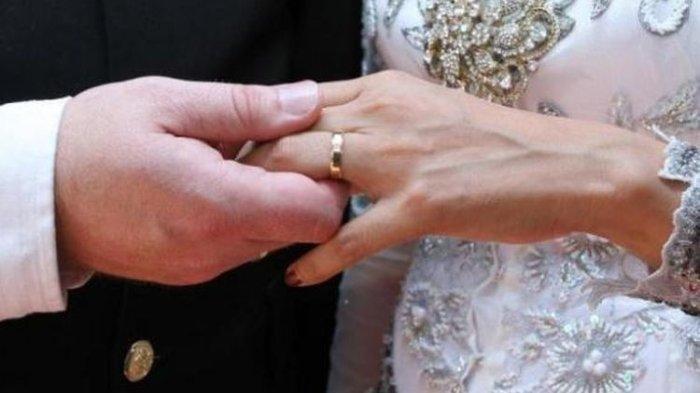 Kakek Usia 103 Tahun Nikahi Wanita 30 Tahun, Ditanya Soal Malam Pertama Cuma Bisa Ketawa