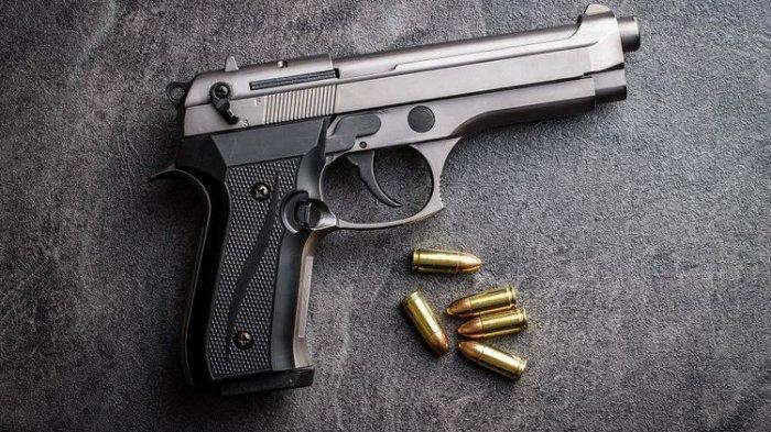 Seorang Pemuda Tewas Tertembak saat Main Pistol Polisi