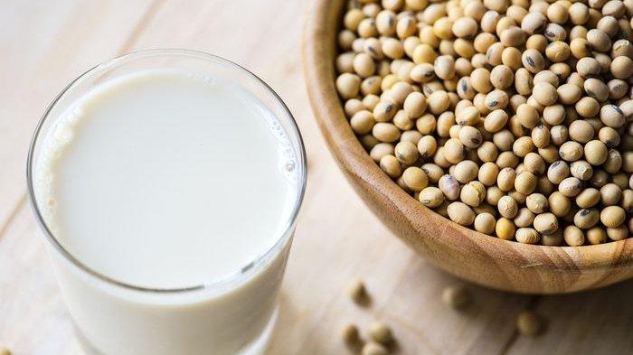 Wajib Tahu Nih! Minum Susu Kedelai Ternyata Bisa Menurunkan Risiko Terkena Penyakit Mematikan Ini