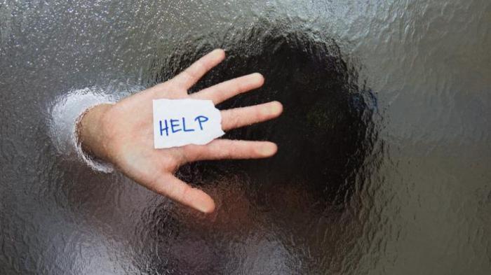 Bocah Datangi Kantor Polisi, Wajahnya Lebam Kening Sobek Dipukuli Ayah Tiri, Dipaksa Ngaku Curi HP