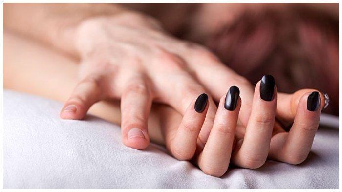 Jangan Bingung, Ini 8 Tips Jitu Membersihkan Noda Usai Berhubungan Intim
