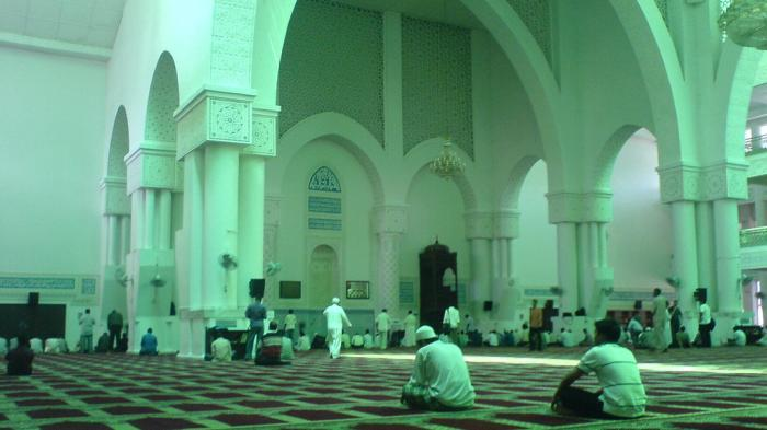 Ini Keuntungan Itikaf di Bulan Ramadan