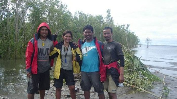 Kisah Wanita Cantik Terdampar di Pulau Kosong Papua, Bertahan Hidup 4 Hari Lakukan Ini
