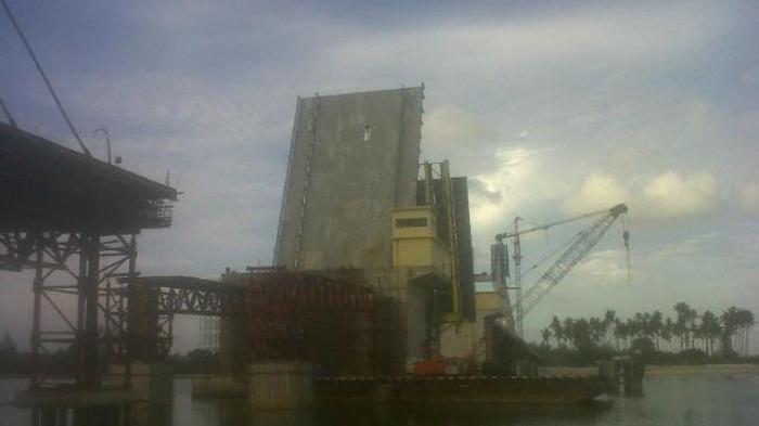 Jembatan Baturusa Ditargetkan Selesai Sebelum Lebaran