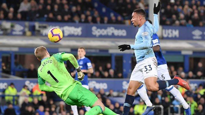 Manchester City Kudeta Liverpool di Puncak Klasemen Sementara, Guardiola Bangga
