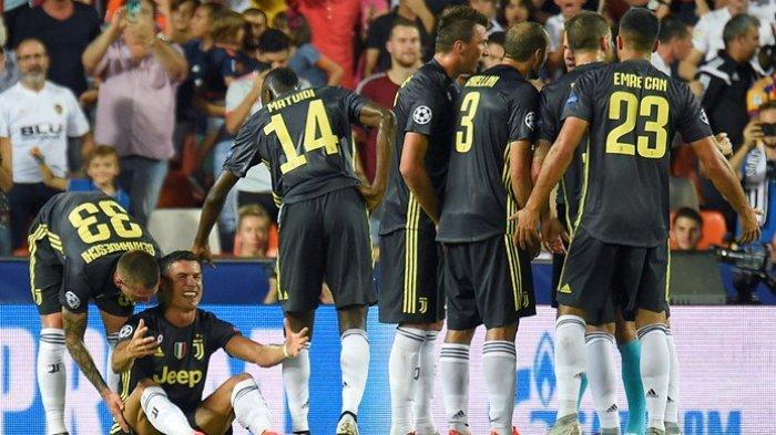 Liga Champions - Juventus Tumbangkan Valencia, Cristiano Ronaldo Menangis Kena Kartu Merah