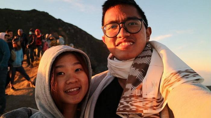 Inikah Sosok Wanita Pacar Kaesang? Foto Bersama di Kawah Gunung Ijen