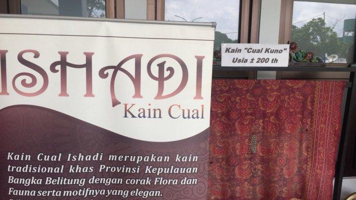 Kain Tenun Cual Berumur 200 Tahun Dipamerkan Ishadi Cual
