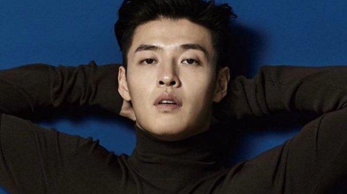 Siap-siap Baperan! Kang Ha Neul Kembali ke Layar Kaca dengan Drama Baru JTBC 'Insider'