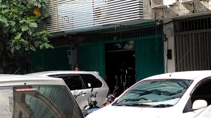 Kantor Terduga Penyuap Hakim MK Patrialis Pindah Alamat