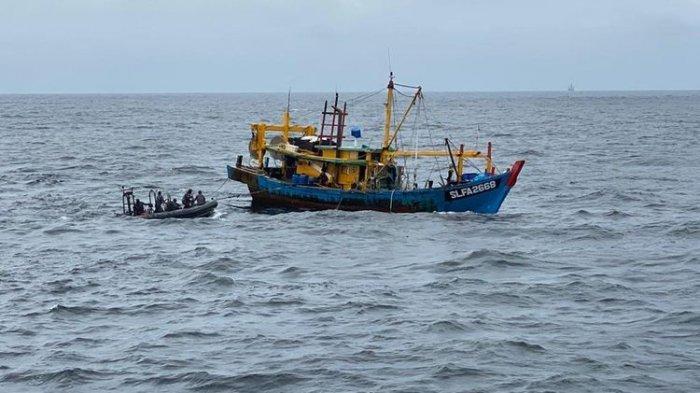 Kapal Nelayan Malaysia Mencuri Ikan di Indonesia, Diringkus KKP di Selat Malaka
