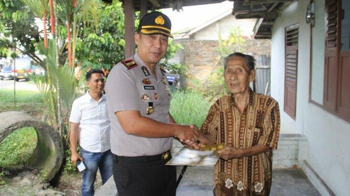 Kapolres Belitung Anjangsana ke Kediaman Purnawirawan Polisi