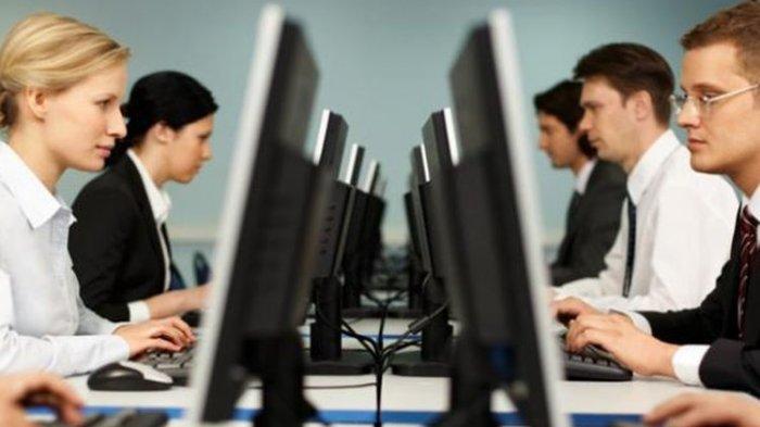 Memasuki Era New Normal, Karyawan Bekerja Secara Bergilir