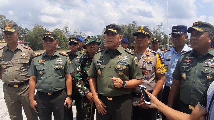 Khawatir Rusak, Kasdam II/Sriwijaya Minta Pemkab dan DPRD Belitung Tindaklanjuti Jalan Tembus TMMD