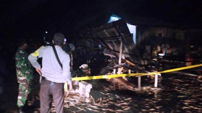 Kondisi rumah di RT 05 RW 03, Dusun Ujung Gersik, Desa Membalong, Kecamatan Membalong, Kabupaten Belitung pasca terbakar, Rabu (10/3/2021).