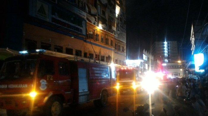 Kebakaran di Hotel Puncak Mega Karoke Pangkalpinang, Saksi Sebut Api dari Lantai Empat