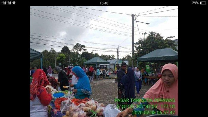 Olahan Jamur Tiram, Sayur-sayuran hingga Beras Merah Dijual di Pasar Tani Desa Perawas