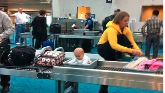 Deretan Foto Kelakuan Aneh Penumpang Saat Menunggu Pesawat di Bandara