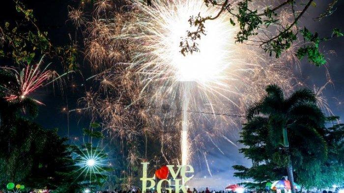 Deretan Jenis Kembang Api yang Biasanya Memeriahkan Malam Tahun Baru, Ada Sparklershingga Brocade