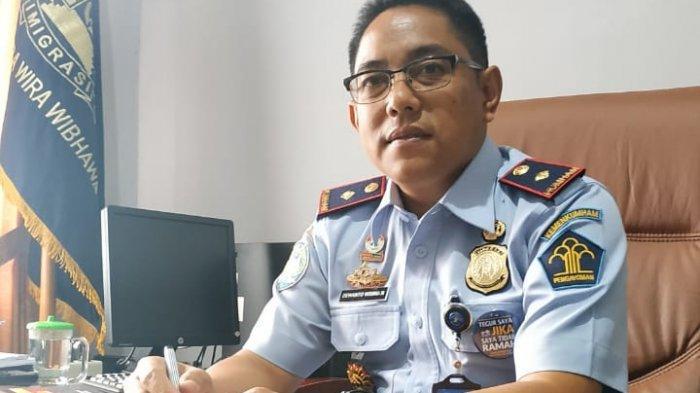 Tak Miliki Visa Indonesia, Imigrasi Kelas II TPI Tanjungpandan Pulangkan Dua WNA