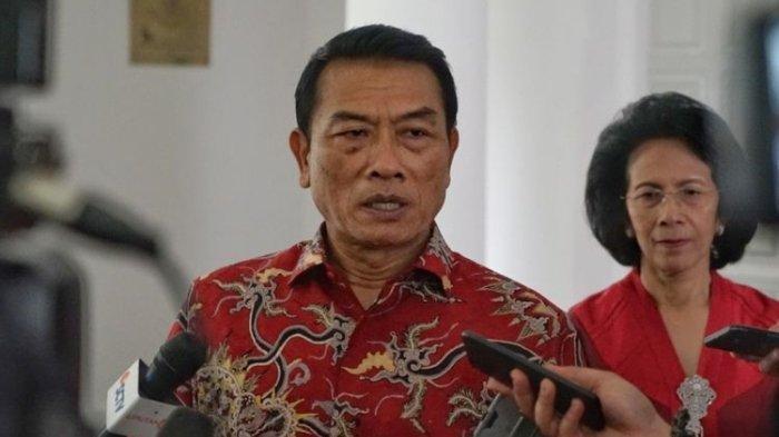 Jokowi Didesak Copot Moeldoko Karena Dinilai Membahayakan Pemerintahan