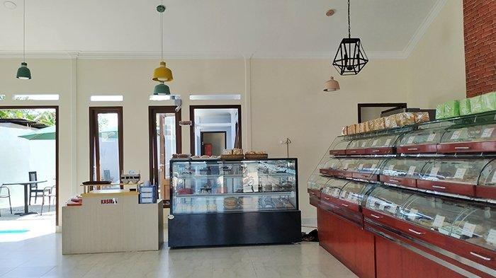 Nafisah Bakery Menyediakan Puluhan Varian Roti dan Pondok Kuliner