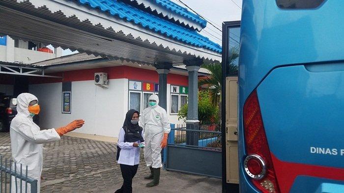 23 Pegawai BNN Kabupaten Belitung Disemprot Disinfektan, Lalu Dibawa ke RSUD H Marsidi Judono