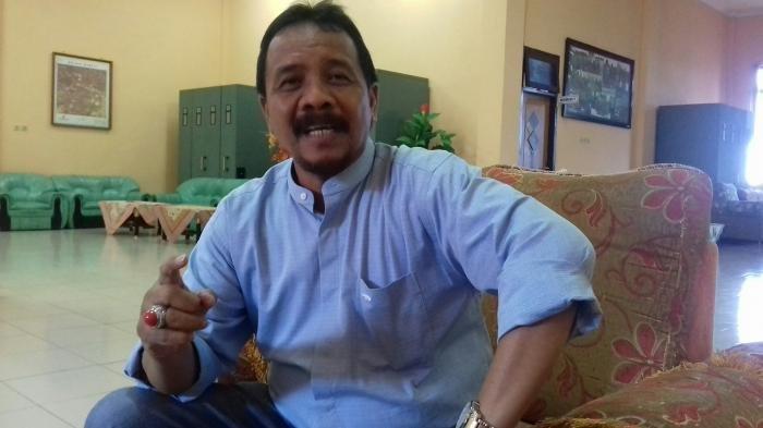 DPRD Beltim Dituduh 'Masuk Angin' Soal Aktivitas Kapal Isap, Ini Penjelasan Tom Haryono