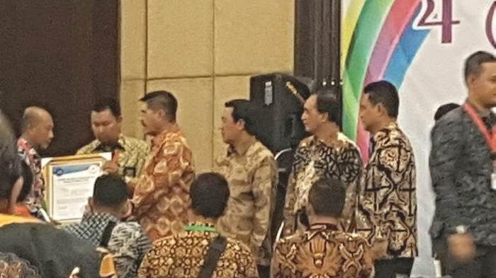 Pengadilan Negeri Tanjungpandan Sabet Sertifikat Akreditasi A dari Ketua MA