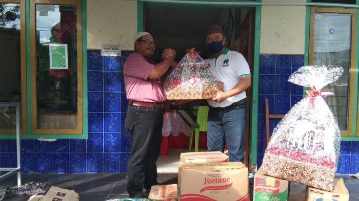Pokja Wartawan Belitung Ikut Berbagi di Bulan Ramadan