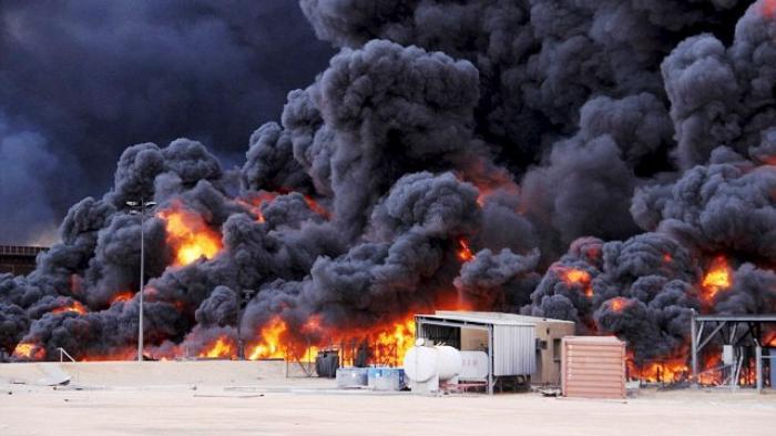 ISIS Ledakkan Lima Kilang Minyak di Libya