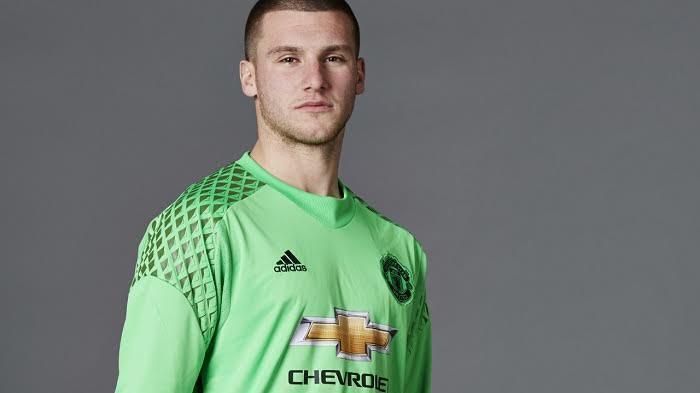 Kiper muda Manchester United Resmi Perpanjang Kontrak