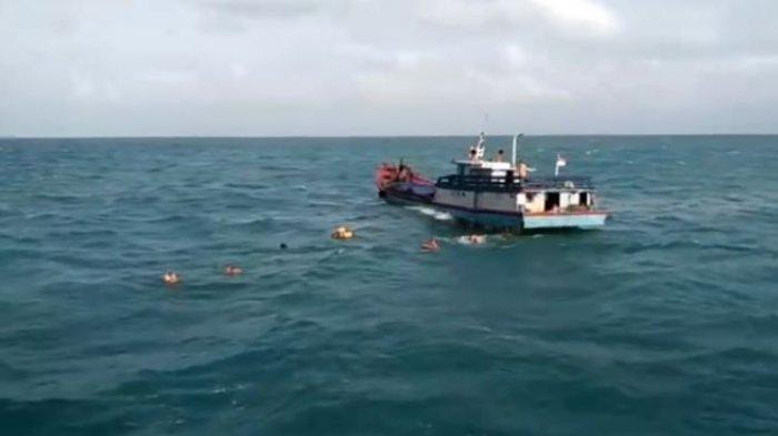 Kapal Motor (KM) Rizky Billiton bermuatan gas elpiji tenggelam tujuan Belitung tenggelam di perairan laut Bangka