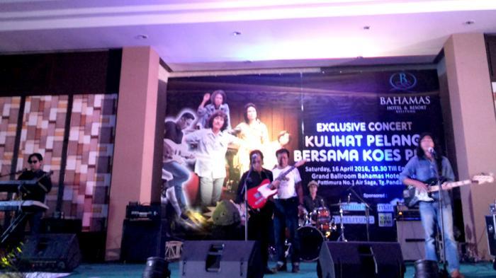 Lagu Kulihat Pelangi Mengawali Konser Koes Plus di Belitung