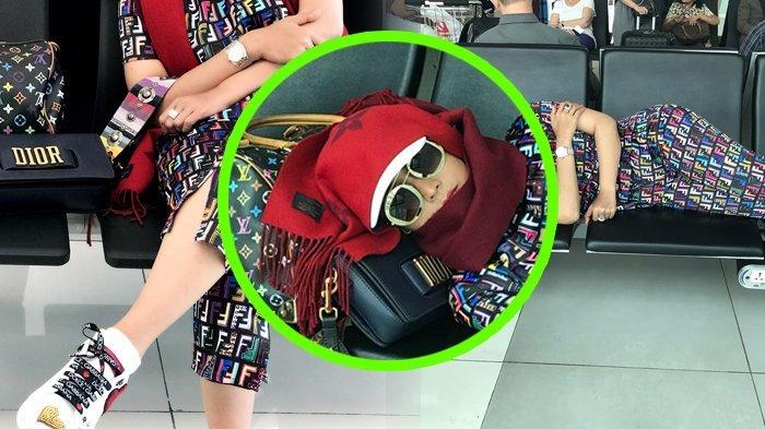 Tajir Melintir, Berbalut Pakaian Mahal Tiduran di Kursi Bandara, Siapa Dia?