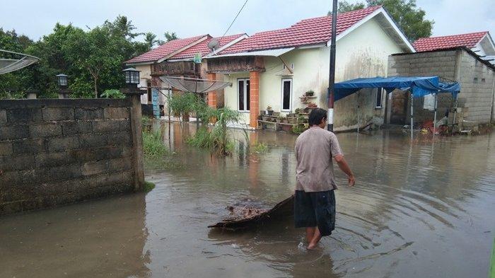 Air Kolong Keramik Meluap Genangi Rumah, Warga Minta Perhatian Pemkab Belitung