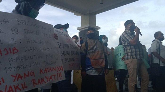 Aksi Demonstrasi Insan Olahraga, Staf Sekretariat DPRD Sebut Wakil Rakyat Ingin Bertemu di Ruangan