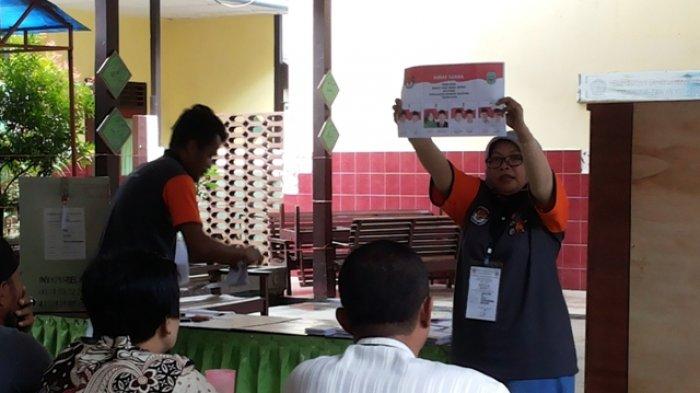 Hellyana-Junaidi Rahman Unggul di TPS VI Kelurahan Kota