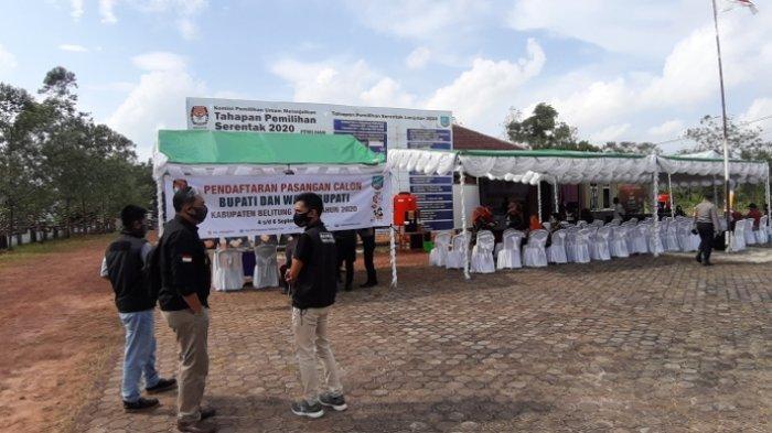 Dua Bapaslon Bupati dan Wakil Bupati Belitung Timur Ini Mendaftar di Hari Pendaftaran Terakhir