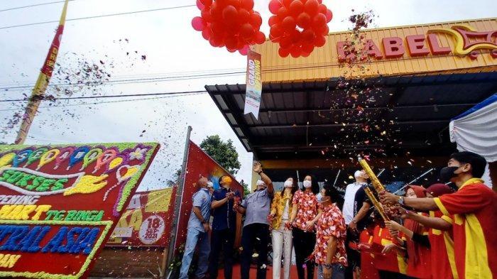 Launching Babel Mart Tanjung Binga, Penuhi Kebutuhan Belanja Masyarakat dan Nelayan