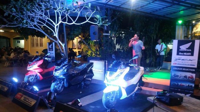 Dealer Honda Asia Surya Perkasa belitung mengadakan Launching New Honda PCX 160, di Café FEZDAF yang terletak di pusat kota tanjung pandan