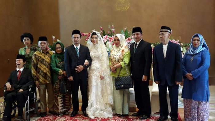 Menikahi Mantan Anggota KPI, Politisi PKS Mahfudz Sidiq Didampingi Istri