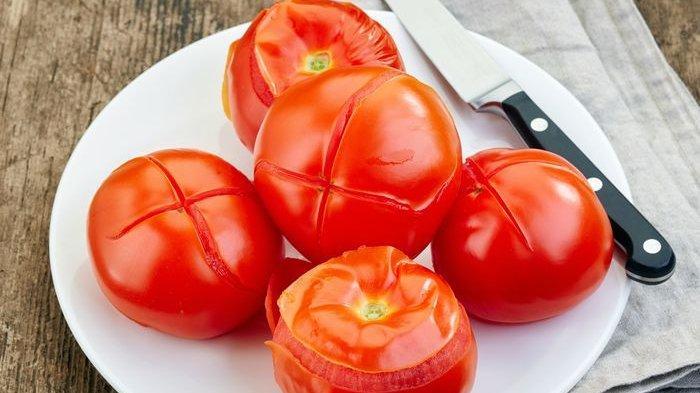 Tak Percaya Kalau Tomat Rebus Penangkal Kanker? Simak Penjelasannya