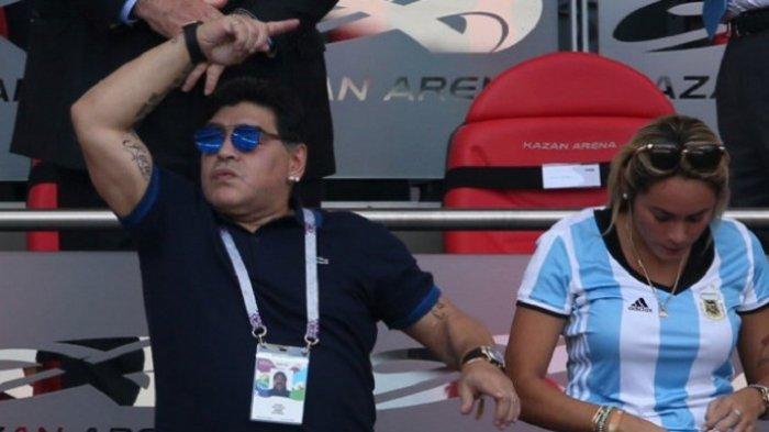 Diego Maradona Resmi Latih Klub Meksiko
